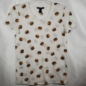 FOREVER 21 GRAPHIC T- SHIRT